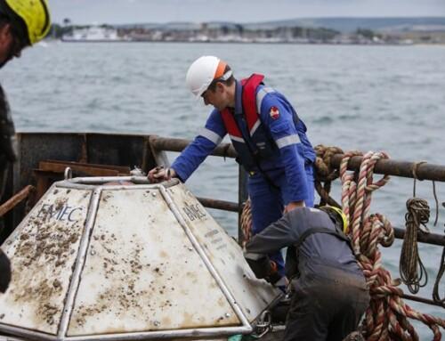 EMEC & QED Naval retrieve tidal flow measuring equipment at Yarmouth Harbour
